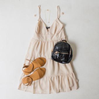 -Cream Color -Adjustable Spaghetti Straps -V-Neckline -Smocked Back -Tiered Style -Lined -Dress  Materials: 100% Polyester  HF21E946 DRESS OLV