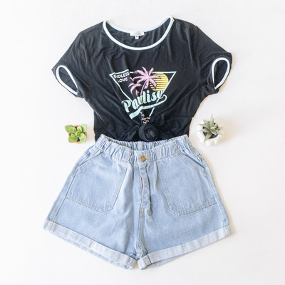 """- Scoop Neck - Short Sleeves  - Full Length  - Piping Detail on the Neckline and Sleeve Hemline   - Multicolor Paradise Design  - Design on the Front   Top is a size Large   Clothing Measurements: Bust: 18"""" Length: 22"""" Sleeve Length: 7"""""""
