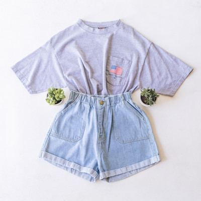"""- Crew Neck  - Short Sleeves  - Cropped - Grey Tee  - HD Flag Design   - Design is on the Front and Back  Top is a size Large   Clothing Measurements: Bust: 21"""" Length: 19"""" Sleeve Length: 9"""""""