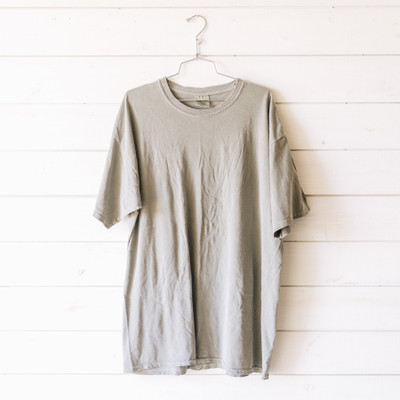 - Crew Neck  - Short Sleeves  - Green Tee  - T-shirt Dress    Top is a size XL