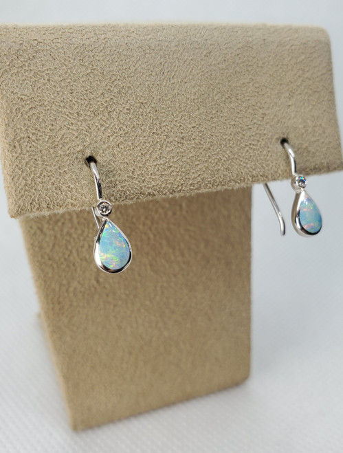 Kabana Austrailian Opal White Gold Earrings