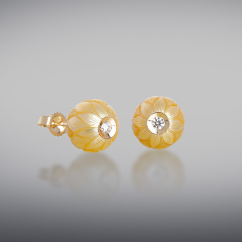 Galatea Golden Daisy Earrings