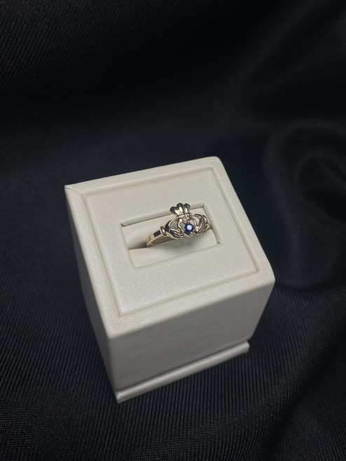 10kt Yellow Gold Claddagh Ring with Sapphire