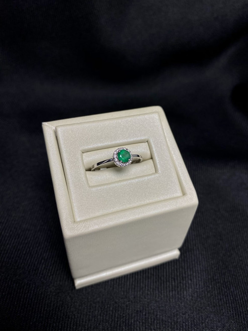 14kt White Gold Round Emerald Ring with Diamonds