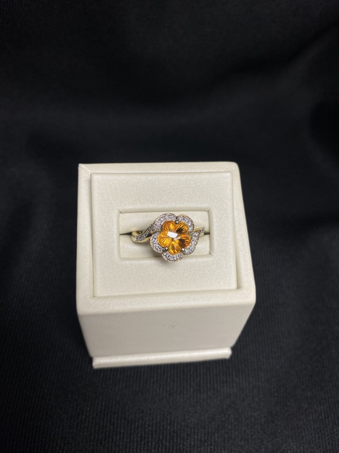14kt Yellow Gold Ring with Citrine and Diamonds