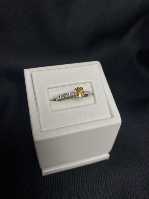 10kt White Gold Citrine Ring with Diamond