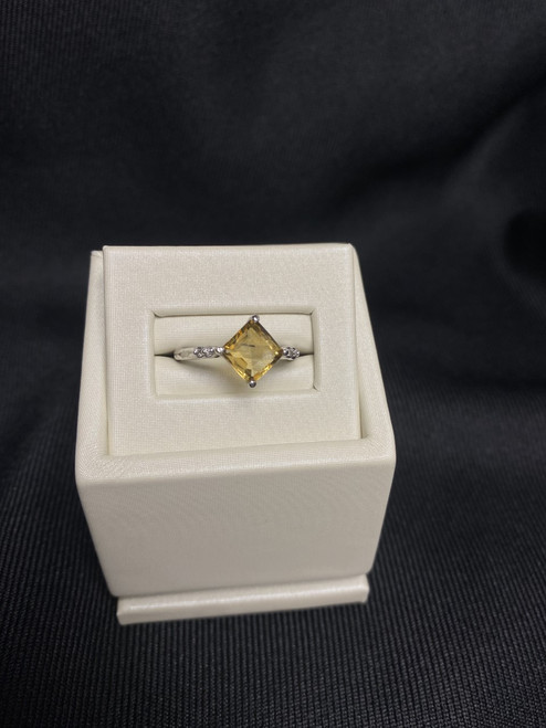 10kt White Gold Princess Cut Citrine Ring with Diamonds
