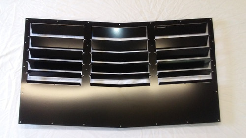 Race Louver 2010-2014 Mustang GT500 RT trim center car hood extractor is designed for street, high performance driving and track duty.