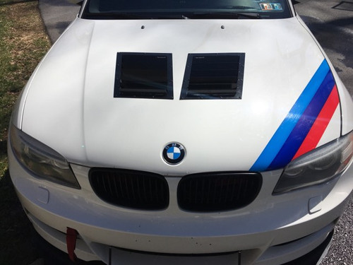 Race Louver BMW E82 RT track trim side pair car hood extractor is designed for street, high performance driving and track duty.