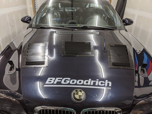 Race Louver BMW E46 Nasa ST/TT3-6 Spec center car hood vent designed for street, high performance driving and light track duty.