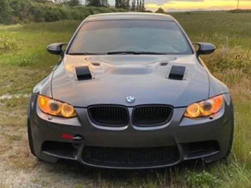 Race Louver BMW E90 RS trim straight angular pair car hood vent designed for street, high performance driving and light track duty.