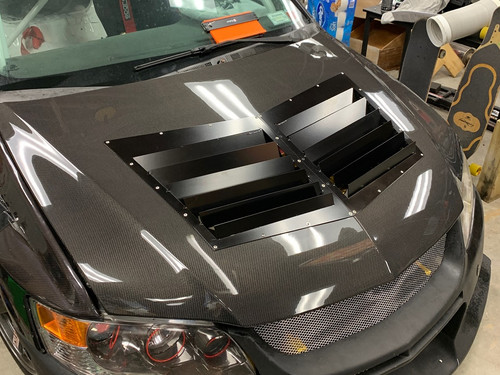 Race Louvers Evo 8/9 RX extreme trim center racing heat extractor is designed for high performance driving, auto cross and track duty.