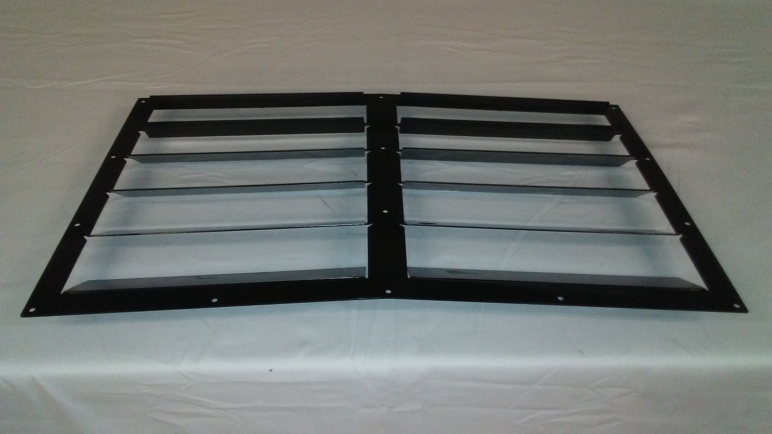 race-louvers-rear-view-rx-trim-hood-extractor.jpg