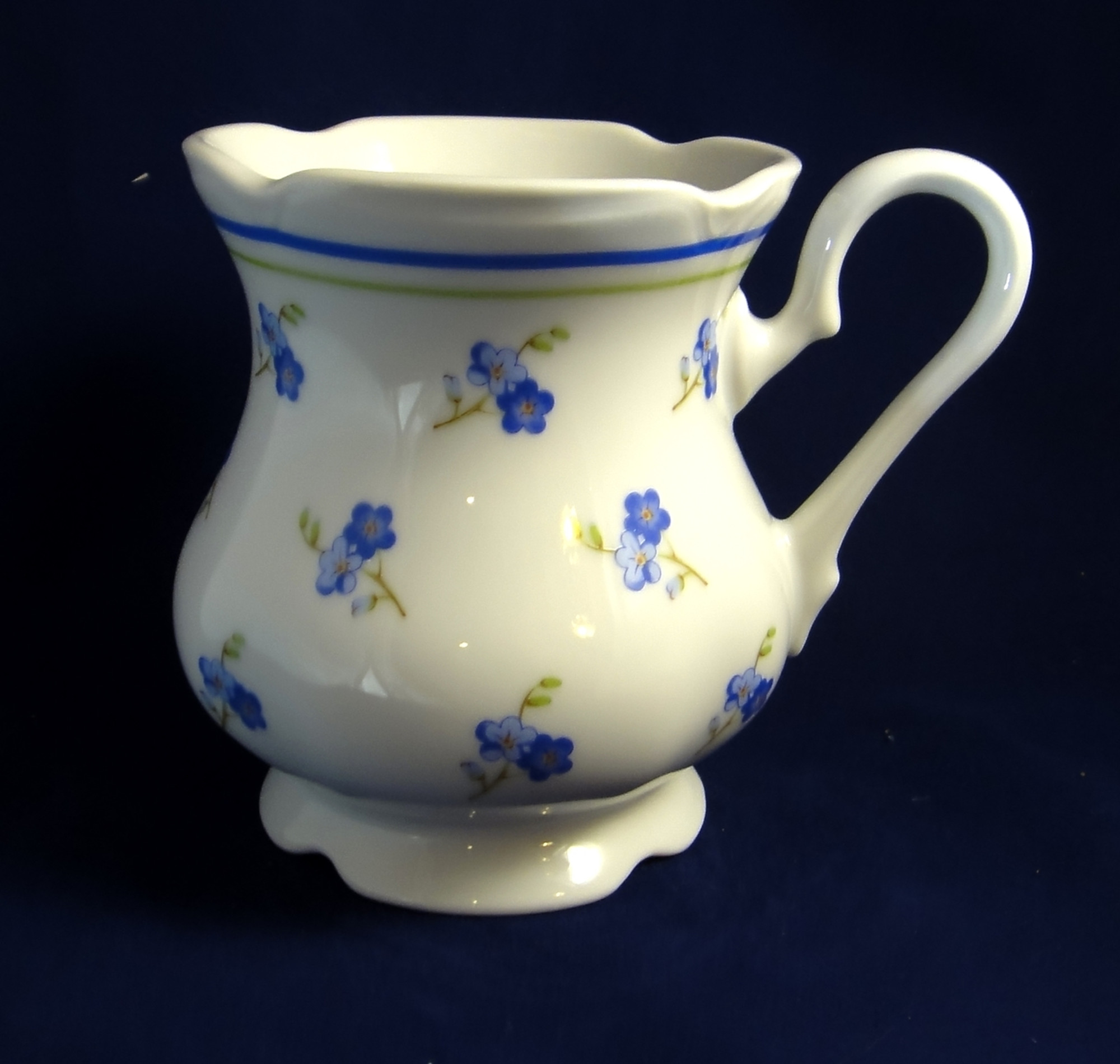 Mug 8 5oz, Forget-me-not-Flowers, Bone China, Leander