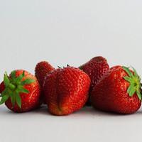 Strawberry (CNV)