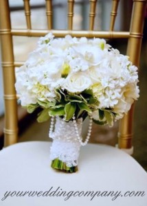 Pearl Chain Bouquet Accent