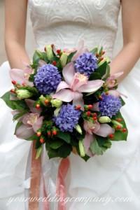 Ribbon Bouquet Handle Accent