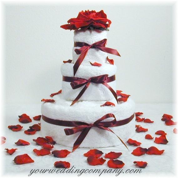 How to Make a Towel Cake
