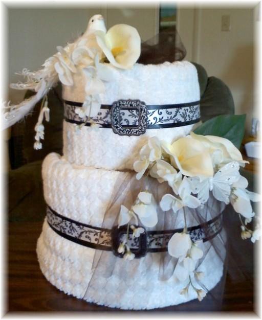 Beautiful Towel Cake with Flowers