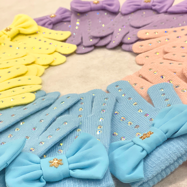 Divine Pastel Gloves