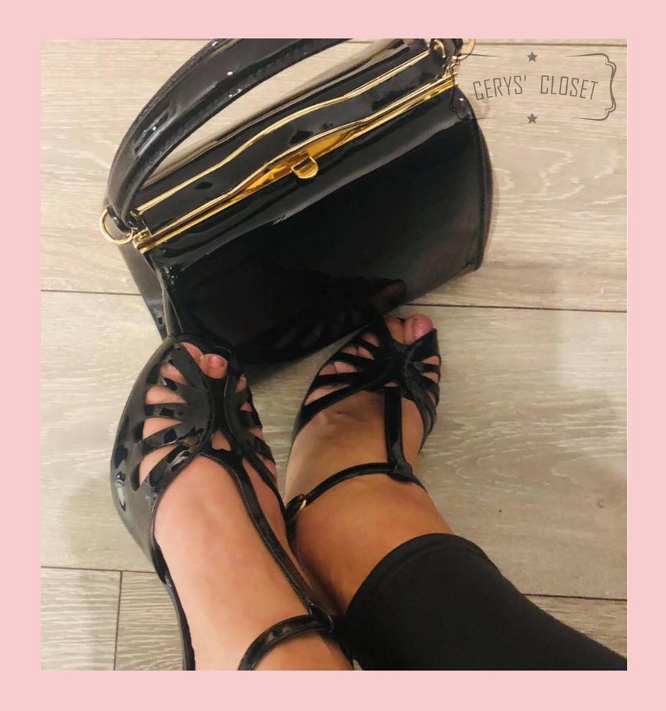 Secret Love 40s 50s Vintage Inspired Patent Peep Toes Sandals - Black