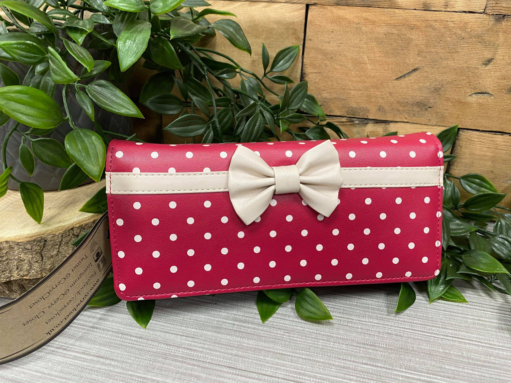 Red and White Polka Dot Purse With Cute Bow
