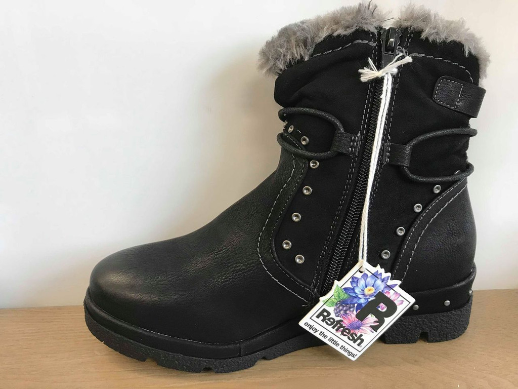 Refresh Black Low Heel Ankle Boots with Grey Faux Fur Lining