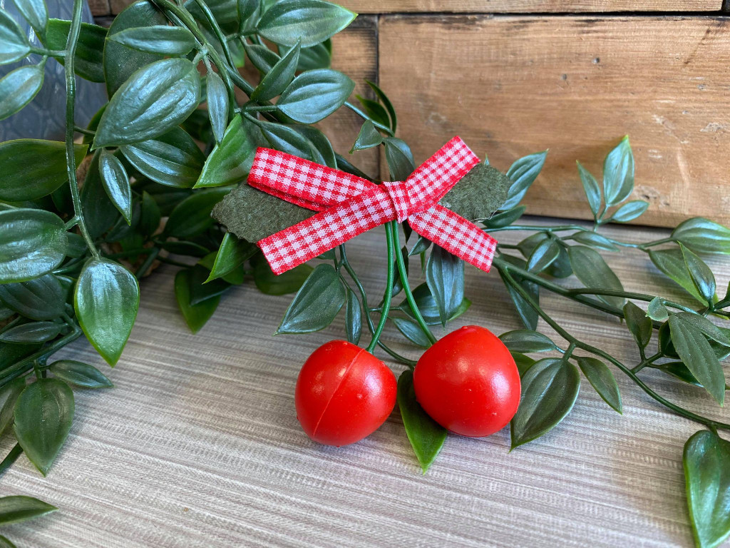 Rockabilly Style Hairclip with Red Cherries and Gingham Bow - Red & white
