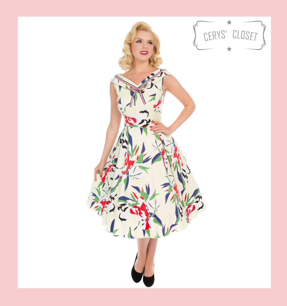 Hearts and London Dress Cream and Floral 1950s Swing Style Dress with Leaf Pattern and Fold Over Collar at Cerys' Closet