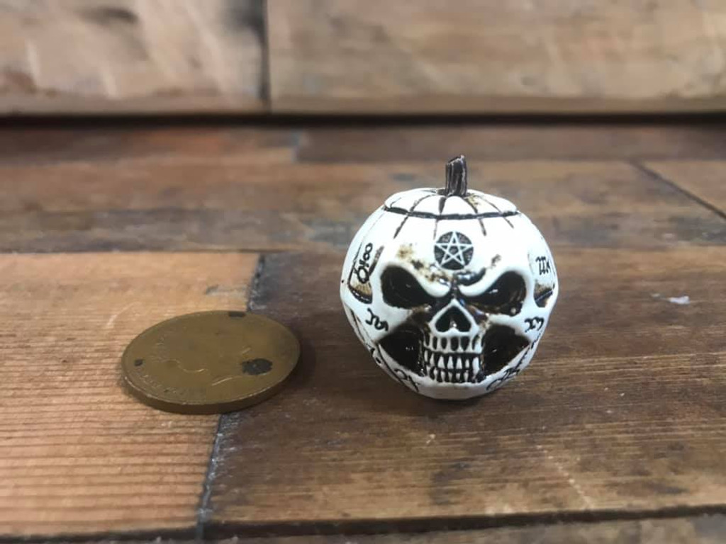 Miniature Talisman - Pumpkin Head