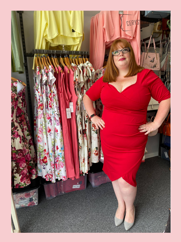 40s Vintage Inspired Bombshell Sweet Heart Wiggle Bodycon Dress by Cerys' Closet - Lipstick Red