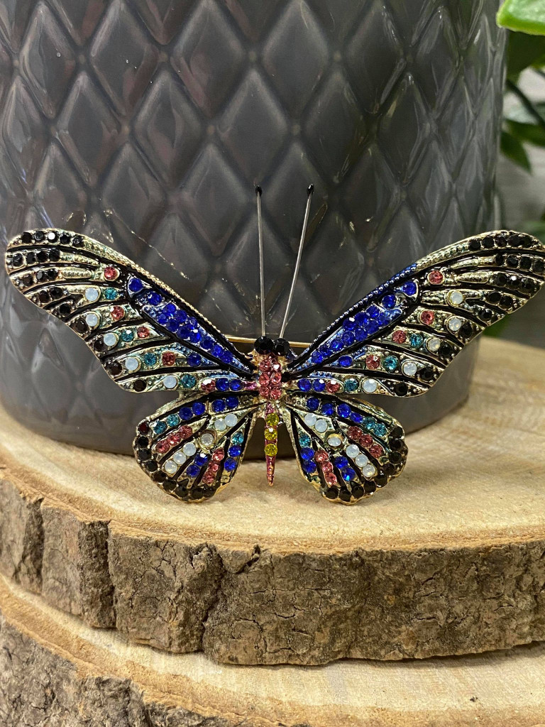 Stunning Gold Plated Crystal Encrusted Butterfly Brooch - Dark Blue