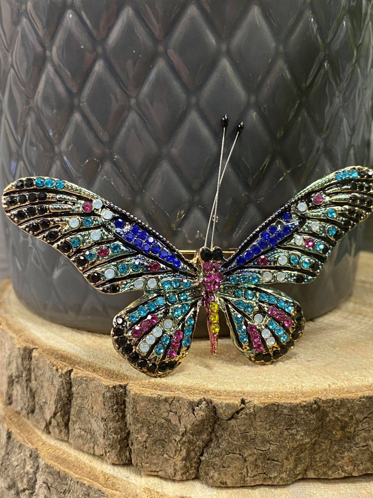Stunning Gold Plated Crystal Encrusted Butterfly Brooch - Light Blue`
