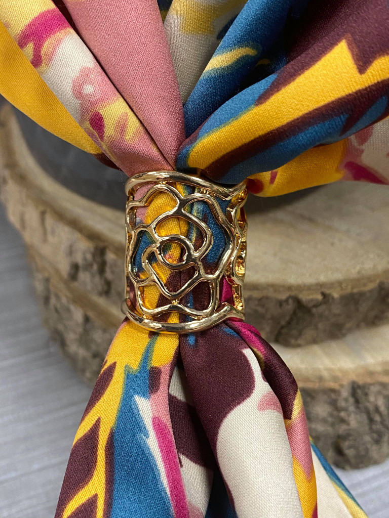 Flower Cut Out Scarf Ring - Gold