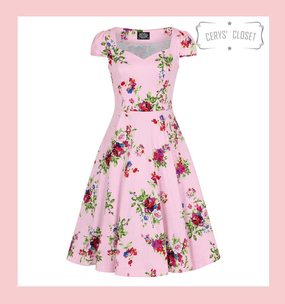 Hearts and roses pink floral swing dress plus size  Pink Floral 50s Inspired Swing Dress with Cap Sleeves and Sweetheart Neckline - Darcey