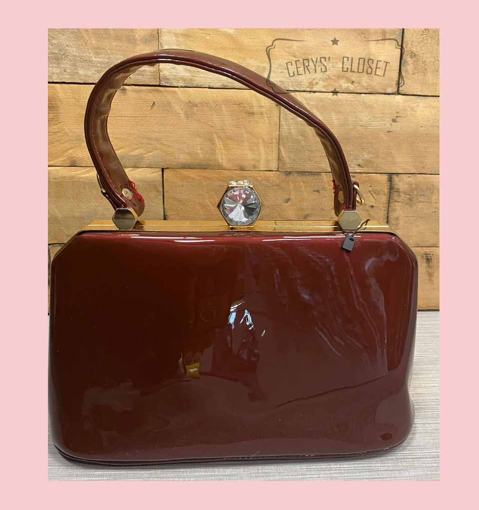 40S AND 50S CLASSIC PINUP ROCKABILLY VINTAGE INSPIRED PATENT HANDBAG  WITH TOP HANDLES AND A DETACHABLE SHOULDER STRAP - Burgundy