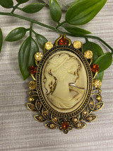 GOLD plated Vintage Cameo Style Brooch with Genuine Crystals
