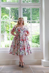 The Vera Sweet Heart Dress by Cerys' Closet