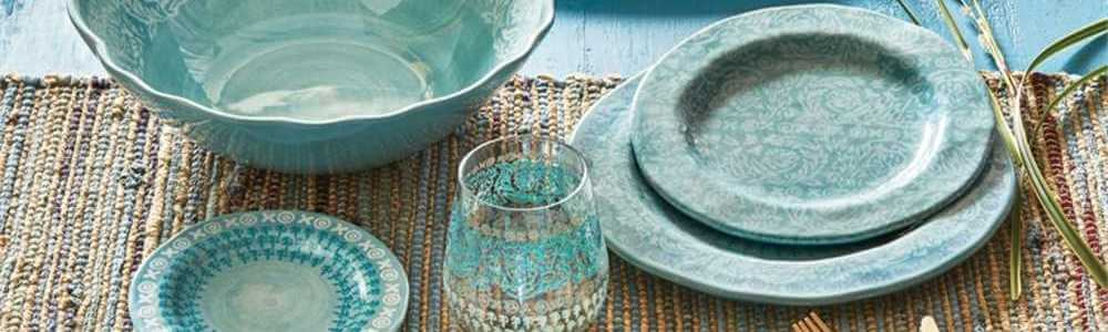 dinnerware-set.jpg