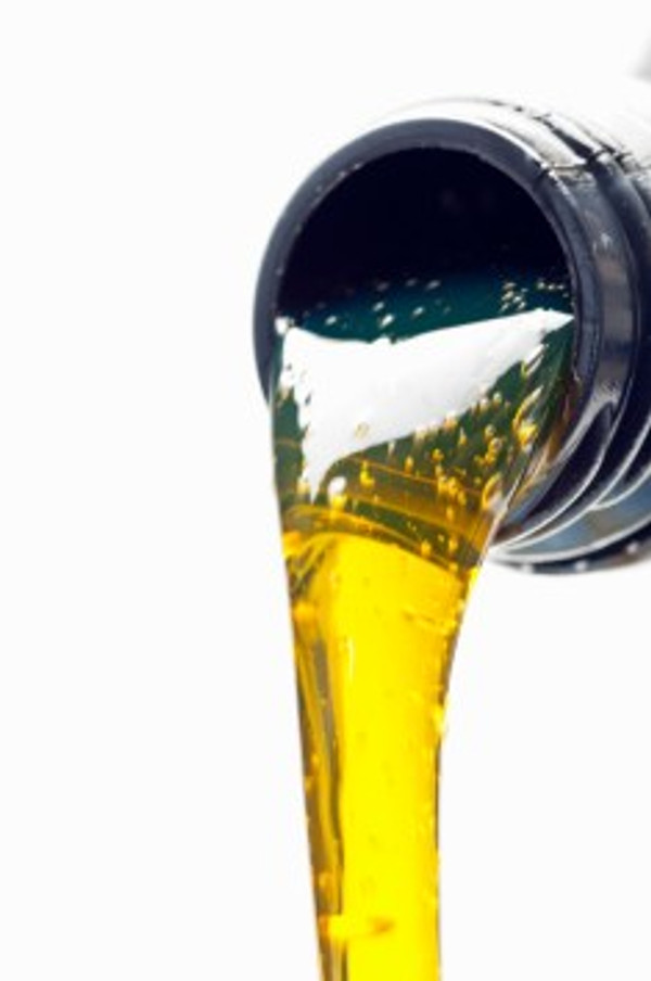 Amsoil Blog, Can I Mix Synthetic and Conventional Oil?