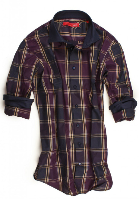 The bold long sleeve plaid shirt in eggplant, blue and beige is detailed with a dark blue contrast on the whole collar, inside front placket and cuffs. The Georg Roth LA City model is characterized by features such as high 2 button collar stand and button-down collar. All seams are done to perfection with stitching in dark blue. 100% Cotton