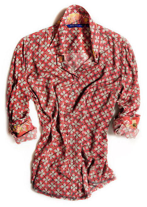 The colors of Fall come together on this amazing Bryana blouse to blend softness and warmth for the season. The red & burnt orange viscose long sleeve blouse is detailed with a Liberty of London multicolor floral contrast inside the collar stand, on the outer collar stand and cuffs. All seams are done to perfection with contrast stitching in grey.