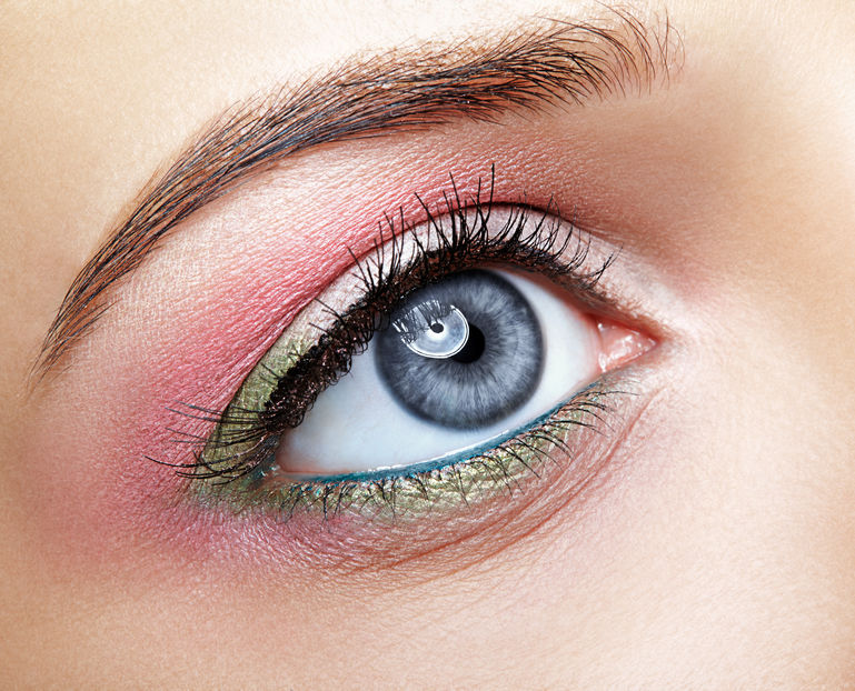 mineral-eyeshadow-liner-use-for-eye-makeup.jpg
