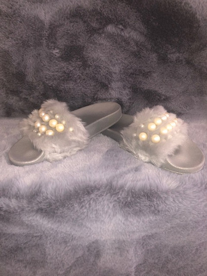 Gray Faux Fur Pearl Slippers