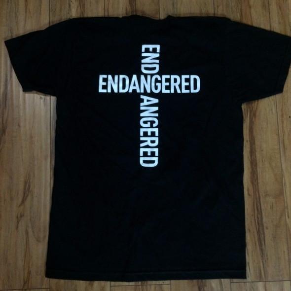 .Endangered Cross Logo Sz XL