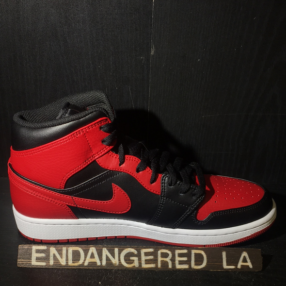 Air Jordan 1 Mid Bred Sz 8.5