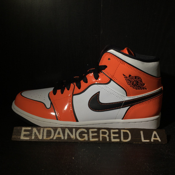 Air Jordan 1 Mid Turf Orange Sz 8.5