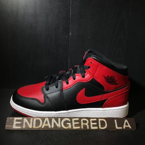 Air Jordan 1 Mid Bred Sz 7.5