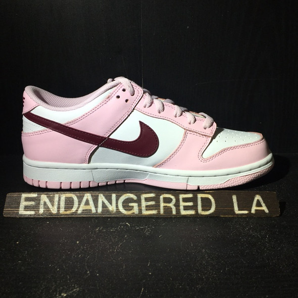 Nike Dunk Low Pink Foam Red White Sz 7 (#19954)