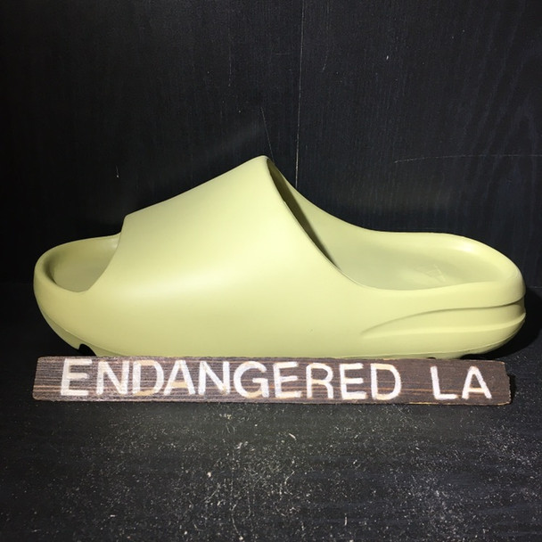 Yeezy Slide Resin Sz 11 (#18221)